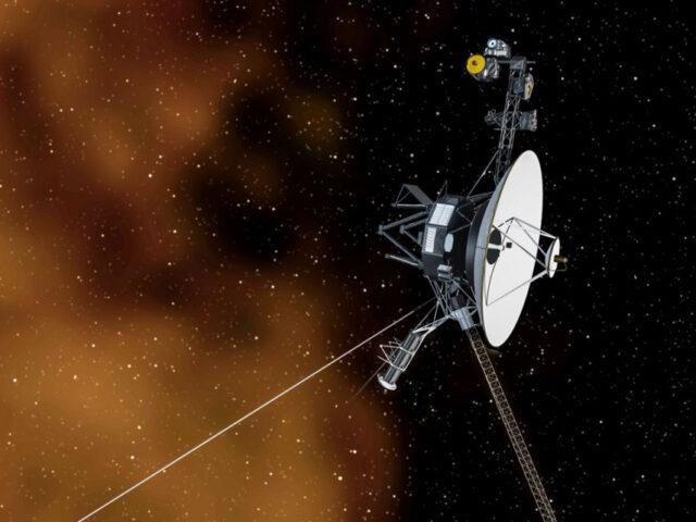 Voyager 1 deteta murmúrio de plasma para lá do Sistema Solar