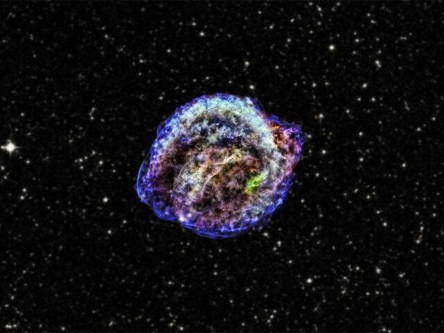 Raios cósmicos ajudam as explosões de supernovas a ter maior impacto